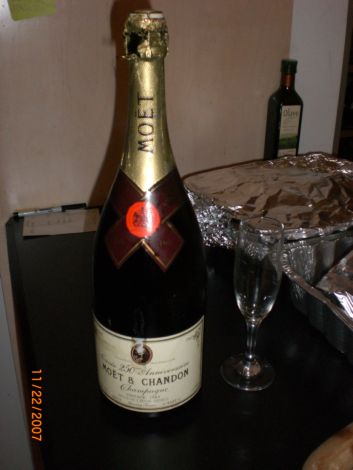 Tgiving_champagne_2